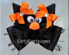 Etsy の PURPLE Black Cat Hair Bow Halloween Hair Bow by GirlyKurlz