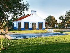 Casas de Campo do Junqueirinho - Turismo Rural com piscina no Litoral Alentejano - Monte AzulAluguer de férias em Santiago do Cacém (Vila) da @homeawaypt