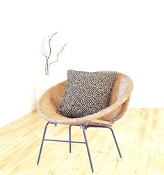 Mid Century Rattan Hoop Chair / Wicker / Woven Scoop Chair / Iron Leg Base  / Vintage Side Chair / Accent Chair / Boho Decor Furniture