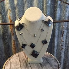 """Pretty Statement Necklace Pretty Statement necklace in good condition. Necklace is mostly black with a little white showing through. Necklace is 23"""" and hangs down 4"""" with the layers. (Rough estimate on the hanging down part) Thanks for looking. ❤️❤️❤️ Jewelry Necklaces"""
