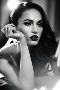 #Glamourous breath-taking makeup. Megan Fox.