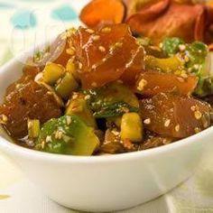 Rezeptbild: Roher Thunfischsalat mit Avocado und Sojadressing