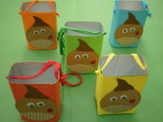 Capirucho para castañas con Brick de leche Best Gift Cards, Diy And Crafts, Arts And Crafts, Activities For 2 Year Olds, Funny Cards, Education, Gifts, Handmade, Halloween