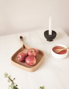 Minimalist Cork Trays by Saif Faisal - Design Milk