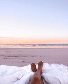 Summertime Vibes (Chill Beach Music For The Summer Of by Joey Paesano Vsco, Beach Please, Am Meer, Jolie Photo, Foto Pose, Summer Aesthetic, Beach Bum, Sand Beach, Strand