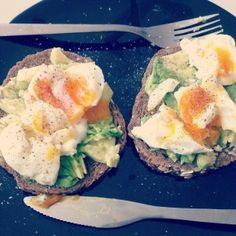Ei en avocado op brood - Watzijzegt.com