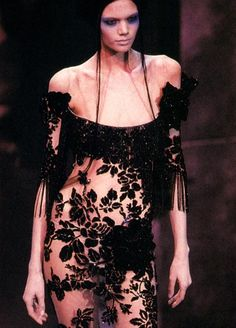 Givenchy by Alexander McQueen, 2000    Diana Gartner at Givenchy Haute Couture Spring/Summer 2000 by Alexander McQueen