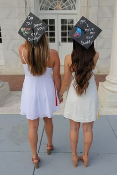 Grad Cap Idea for a Dynamic Duo - Brandi Kelly - Grad Cap Idea for a Dynamic Duo Finding Nemo inspired graduation cap idea! Super easy and quick! Printed the pictures and used a white paint pen for the wording. Perfect for best friends and so cute. Nursing Graduation Pictures, Funny Graduation Caps, Graduation Picture Poses, Graduation Cap Designs, Graduation Photoshoot, Graduation Cap Decoration, Funny Grad Cap Ideas, Graduation Quotes, Graduation Announcements