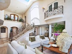 170 Emerald Bay, Laguna Beach CA - Cool lil balcony overlooking the living room