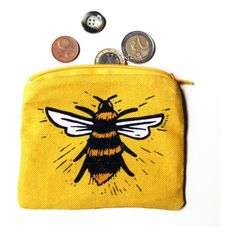 Bee purse ($16) ❤ liked on Polyvore featuring bags, handbags, bee, yellow purse, yellow bag, yellow handbag, bee bags and bumble bee bags