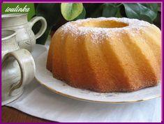 Vejce s cukrem ušleháme do pěny, postupně přidáváme olej, pudinky,  ke konci šlehání prášek do pečiva. Formu lze vysypat tradiční strouhankou,... Dairy, Gluten Free, Pudding, Cheese, Sweet, Food, Brownies, Diet, Glutenfree