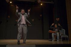 No te escupo la cara porque la vida lo hará mejor que yo por Rueda Roja (Bogotá) En Casa Teatro El Poblado * Foto: Federico Rios * Décima Fiesta de las Artes Escénicas