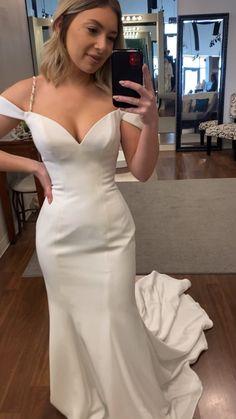 Satin Wedding Dresses, Silky Wedding Dress, Simple Sexy Wedding Dresses, Tailored Wedding Dress, Satin Mermaid Wedding Dress, V Neck Wedding Dress, Classic Wedding Dress, Wedding Dress Trends, Wedding Inspiration