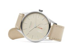 New for Orion neomatik champagner: Delicate five-minute markers on the champagne-colored dial.