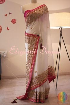 Bringing a breathtaking White Pink Combinatio Pure Chinon Crepe Gota Patti Work Saree in a fabulous pattern.Comes with blouse piece Saree Blouse Patterns, Saree Blouse Designs, Dress Designs, Indian Designer Outfits, Designer Dresses, Designer Wear, White Saree Wedding, Gota Patti Saree, Wedding Saree Collection