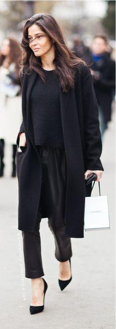 Schwarz geht immer in der Mode.