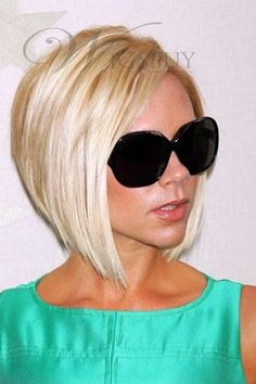 Layered Bob Haircuts - The more you look at bob hairstyles, the more you love them. It is not just about the fact that they make you look better than Layered Bob Haircuts, Layered Bob Hairstyles, Short Hair Cuts, Short Hair Styles, Popular Short Hairstyles, Hair Styles 2014, Hair Dos, Hair Trends, New Hair