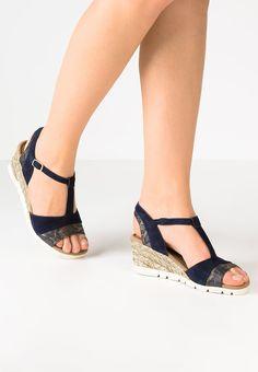 be97585db97 Gabor Sandaletter med kilklack - blue - Zalando.se Green Shoes,  Espadrilles, Espadrilles