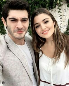 Ideas for funny love pictures couple sweets Funny Love Pictures, Girly Pictures, Beautiful Celebrities, Beautiful Actresses, Romantic Couples, Cute Couples, Murat And Hayat Pics, Cute Love Stories, Hande Ercel
