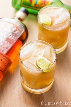 Apple Ginger Bourbon Fizz: A sweet and zesty combo of apple butter, ginger beer, and bourbon.