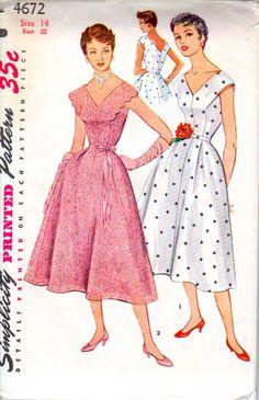 50's V Neck Party Dress Size 14  Simplicity 4672  by retromonkeys