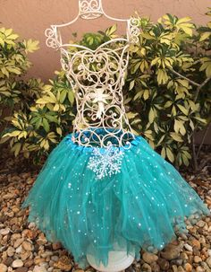 Frozen+Tutu+Frozen+Party+Favors+Teal+Tutu+Elsa+by+partiesandfun,+$13.50