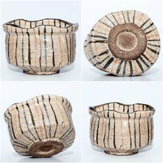 Mugi-de Oribe Chawan Momoyama Era Size: 8,4 cm height x 12,6 cm in diameter.