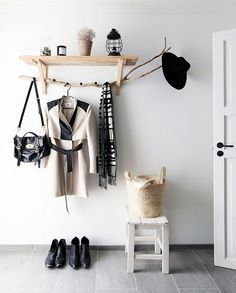 Estilo nórdico y diy en Tromsø, Noruega Entryway Coat Rack Shoes Stool Shelf Interior Design Decoration Decor White