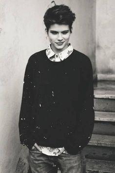 Ryan Shepard<<<I want this sweater