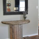 If you can find one, you can turn a wooden spool into a creative, rustic DIY project for the home. Can't find one? Try looking at your local home improvement store. Lowes and Home Depot sell several products that come on the large wooden spools. Diy Home Decor Rustic, Farmhouse Bedroom Decor, Farmhouse Style Decorating, Easy Home Decor, Cheap Home Decor, Rustic Farmhouse, Diy Bedroom, Farmhouse Ideas, Bedroom Ideas