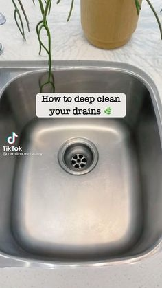 House Cleaning Checklist, Household Cleaning Tips, Cleaning Recipes, Cleaning Hacks, Simple Life Hacks, Useful Life Hacks, Limpieza Natural, Everyday Hacks, Natural Cleaning Products