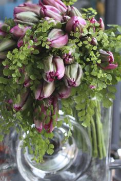 Simple Elegant Flower Arrangement ♥ #pink #green #tulips ♥