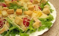 """Salată """"Caesar"""" – cea mai simplă, delicioasă și aromată rețetă! - Bucatarul Cobb Salad, Tacos, Mexican, Meat, Chicken, Ethnic Recipes, Salads, Buffalo Chicken, Cubs"""