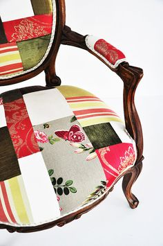 Patchwork chair - I have this exact chair and it needs recovering. I can just see it now in batiks. It will be beautiful in my quilting room! Funky Furniture, Painted Furniture, Patchwork Chair, Green Armchair, Houndstooth Fabric, Funky Chairs, Love Chair, Creative Textiles, Quilting Room