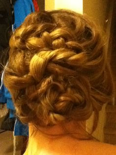 Hunger Games Hair. For instructions youtube Hunger Games Premiere Hair tutorial, that's what I followed.