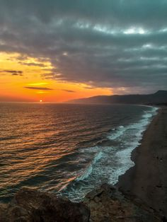 What a way to end the day. Golden hour in Malibu CA [OC] [24483264] #reddit