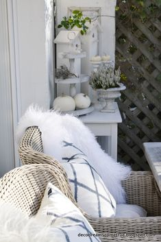 ...an einem so tollen Herbsttag wird unsere Terrasse immer noch voll genutzt.   Wir genießen einen Tee oder eine heiße Schokolade, dazu g...