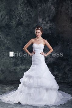 Sweetheart Court Train Satin Organza Zipper-back Wedding Dresses