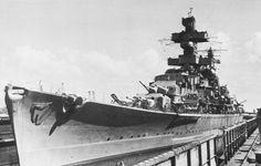 Admiral Hipper Heavy Cruiser, Naval History, United States Navy, Navy Ships, Submarines, War Machine, Battleship, Us Navy, Germany