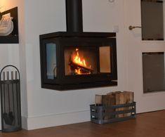 Purmerend – De familie de Jong uit #Purmerend heeft voor een Dik Geurts Vidar Wall in hun woonkamer gekozen. De #DikGeurts Vidar Wall is volgens de familie de Jong uiterst vakkundig, professioneel en nauwkeurig geplaatst door onze eigen installateurs. #Fireplace #Fireplaces