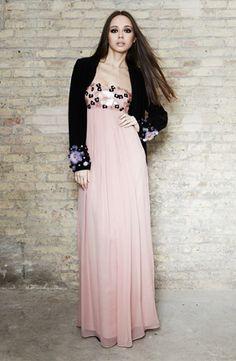 Vestido de seda con flores bordadas - Silk dress with embroidery | SAYAN