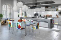 Auf der Suche nach Einrichtungsideen für die Küche?  #Küchenstühle Kitchen, Table, Furniture, Home Decor, Food, Search, Cooking, Decoration Home, Room Decor