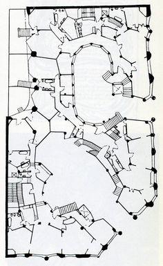 casa mila plan - Google Search Antoni Gaudi, Site Plans, Memory Books, Urban Design, Planer, Fantasy Art, Floor Plans, How To Plan, Skyscrapers