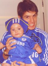 Okay, thats too adorable. 2014 IS TOO LONG TOO WAIT FOR HIM TO COME BACK TO CHELSEA!