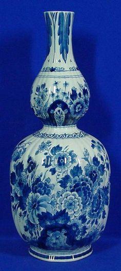 RP: Large Vase Royal Delft Blue