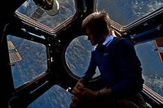 After spending 665 days whizzing 254 miles above the surface of Earth aboard the International Space Station, Astronaut Peggy Whitson has successfully reentered the atmosphere and set down safely in Kazakhstan. That's the longest time spent on. Apollo Space Program, Nasa Space Program, First Female Astronaut, Planetary Science, Nasa Astronauts, International Space Station, First Humans, Astrophysics, Group Activities