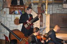 Musica classica napoletana  http://www.goldenvoicesmusic.com/