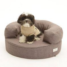 Cookie Monterey Dog Bed - Aristopaws