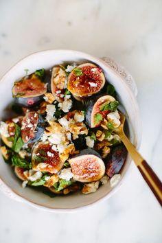 Salade met vijgen en geitenkaas.