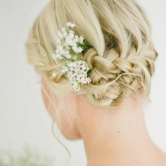 Top 10 Bridesmaid Hairstyles For Short Hair | StyleCraze